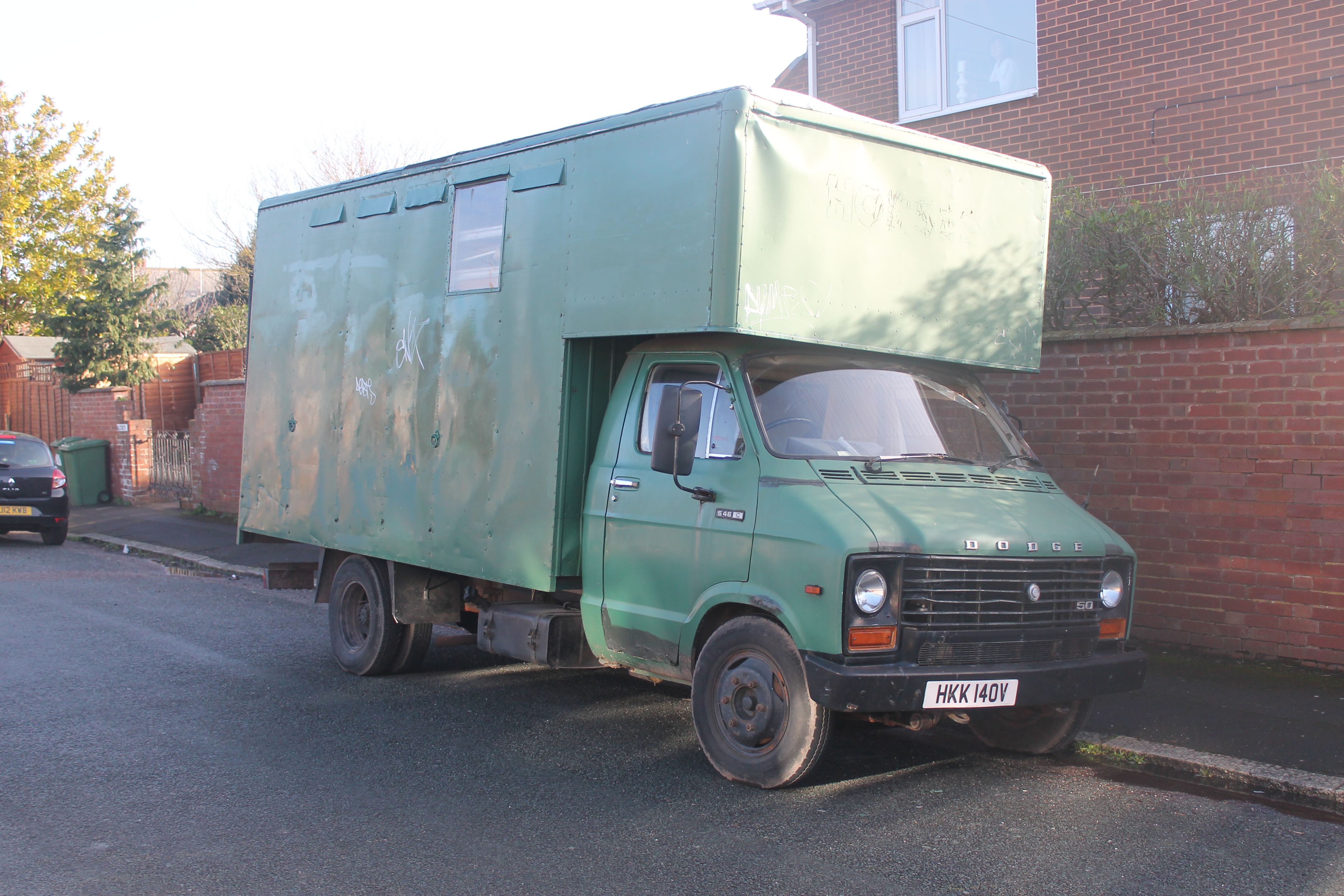 An Image of a moving truck - CC Image by Charlie -> https://www.flickr.com/photos/92622665@N08/